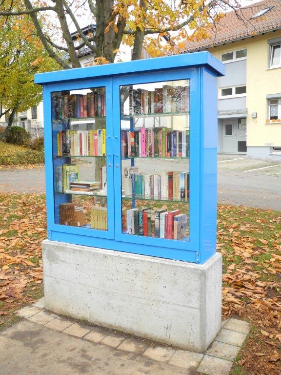 Offener Bücherschrank in Möglingen