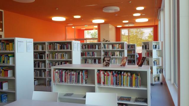 Bibliothek Sachbuchbereich
