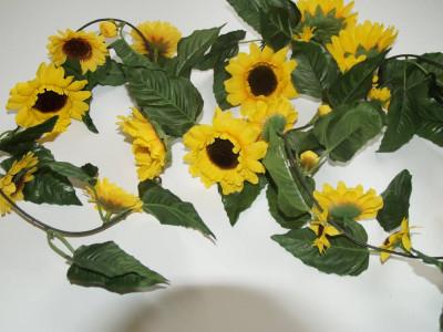 Sonnenblumengirlande